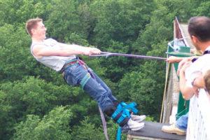 saut elastique - sport extreme - elastique record